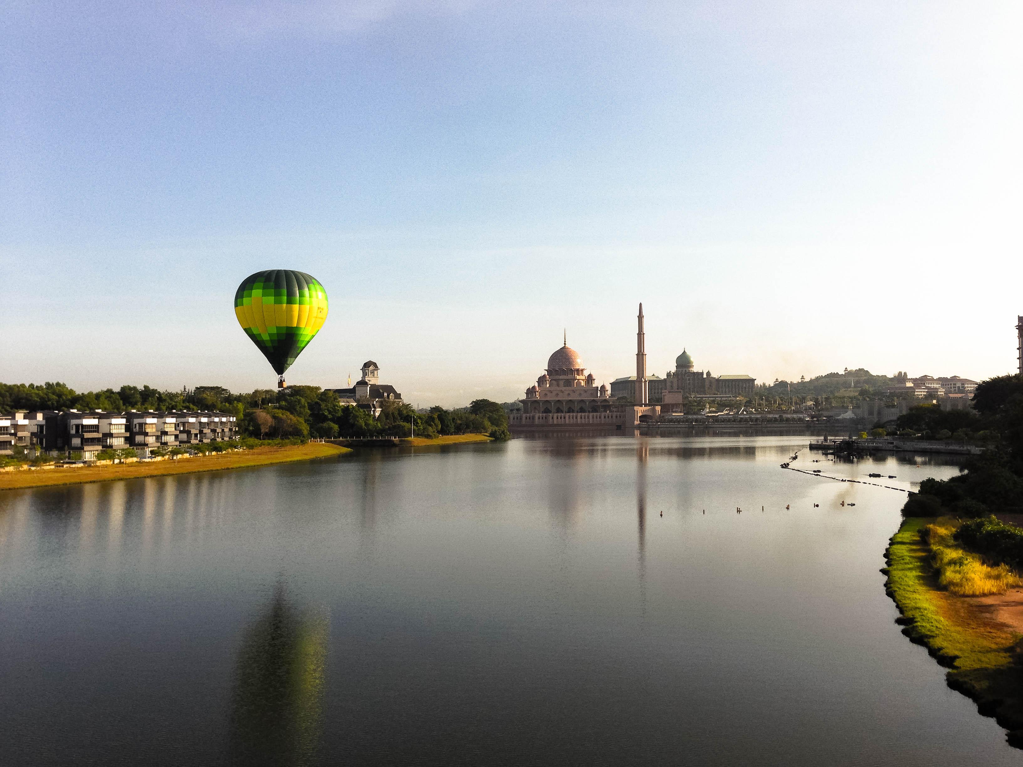 Putrajaya Sunrise Balloon Flight